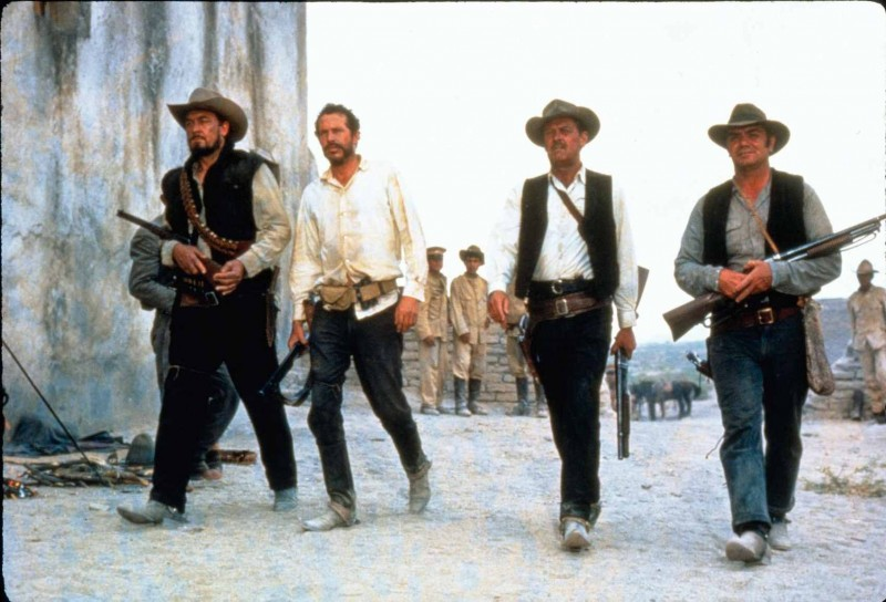 William Holden, Ernest Borgnine, Ben Johnson, Warren Oates ve filmu Divoká banda / The Wild Bunch