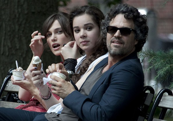 Keira Knightley, Hailee Steinfeld, Mark Ruffalo ve filmu Love Song / Begin Again