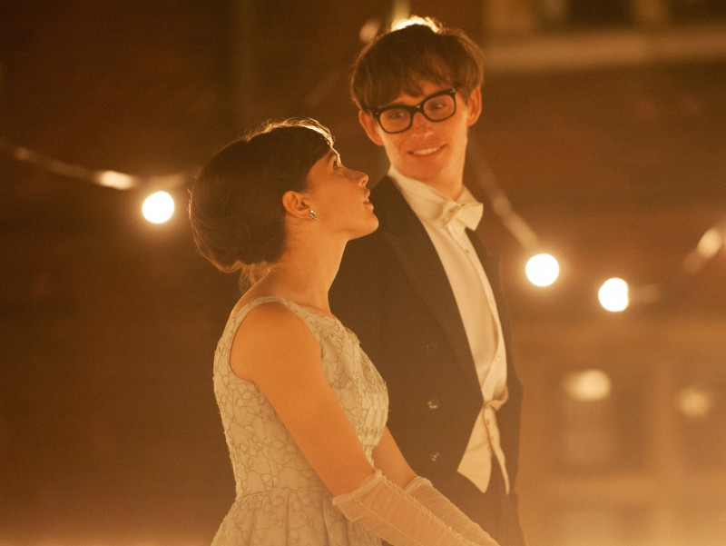 Eddie Redmayne, Felicity Jones ve filmu Teorie všeho / The Theory of Everything