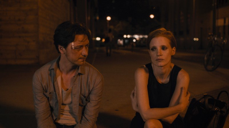 James McAvoy, Jessica Chastain ve filmu Zmizení Eleanor Rigbyové: On / The Disappearance of Eleanor Rigby: Him