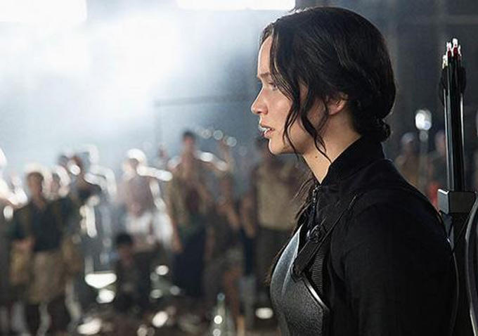 Jennifer Lawrence ve filmu Hunger Games: Síla vzdoru 1. část / The Hunger Games: Mockingjay - Part 1