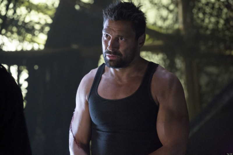 Manu Bennett ve filmu  / Arrow