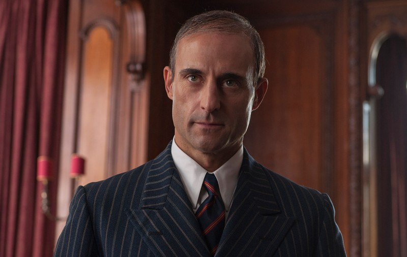 Mark Strong ve filmu Kód Enigmy / The Imitation Game