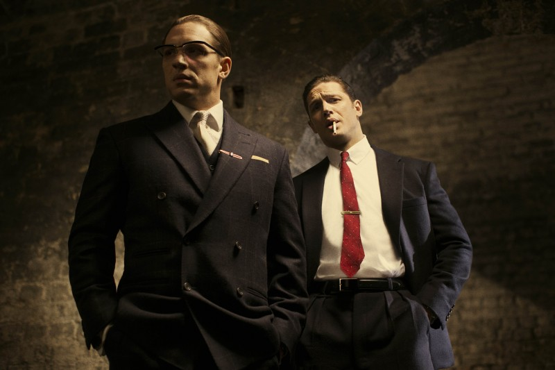 Tom Hardy ve filmu  / Legend