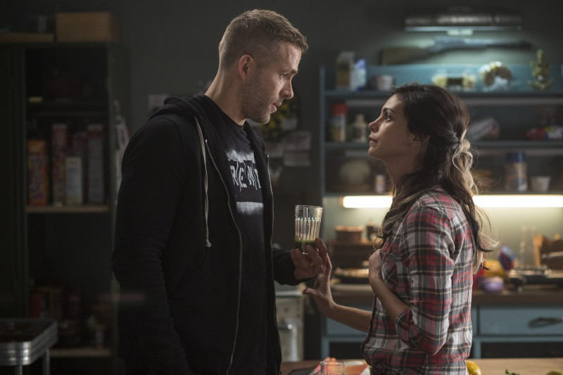 Ryan Reynolds, Morena Baccarin ve filmu Deadpool / Deadpool