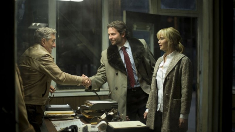 Robert De Niro, Bradley Cooper, Jennifer Lawrence ve filmu Joy / Joy