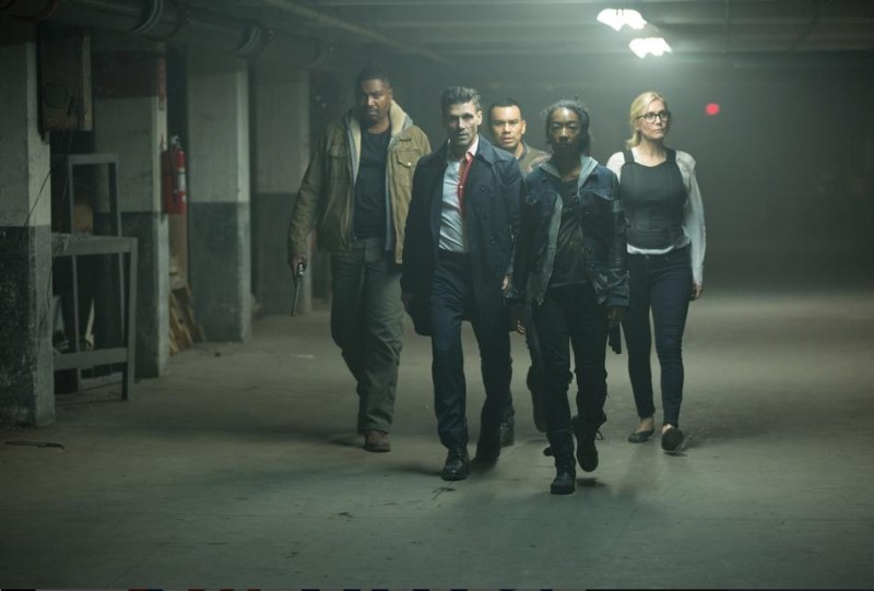 Elizabeth Mitchell, Frank Grillo, Mykelti Williamson, Liza Colón-Zayas ve filmu Očista: Volební rok / The Purge: Election Year