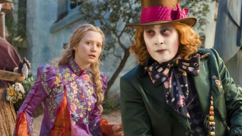 Mia Wasikowska, Johnny Depp ve filmu Alenka v říši divů: Za zrcadlem / Alice Through the Looking Glass