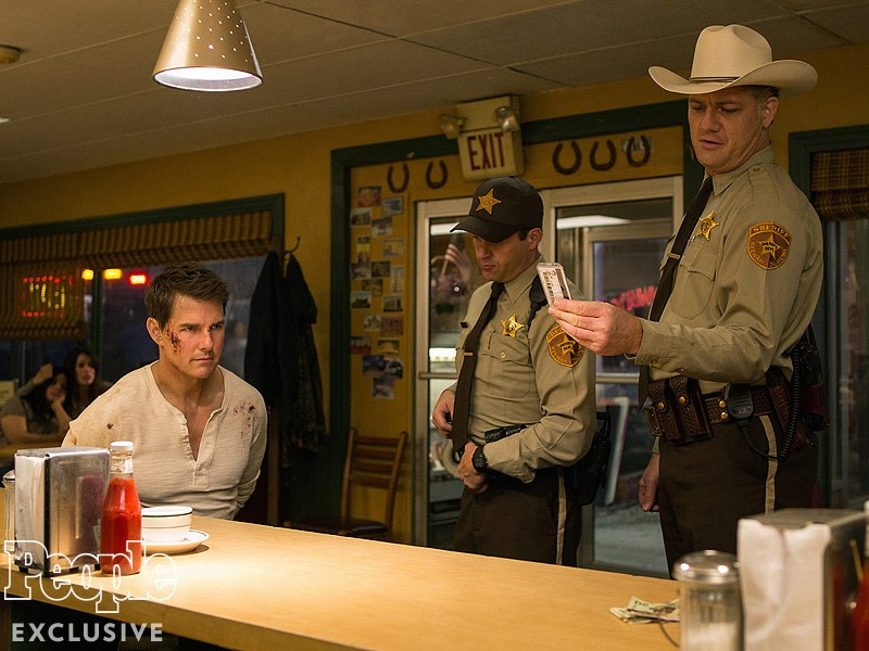 Tom Cruise, Jason Douglas ve filmu Jack Reacher: Nevracej se / Jack Reacher: Never Go Back