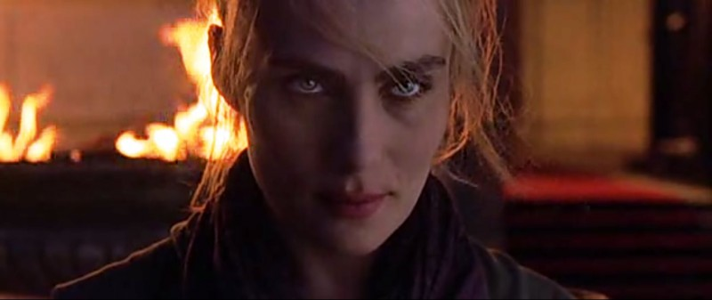 Emmanuelle Seigner ve filmu Devátá brána / The Ninth Gate