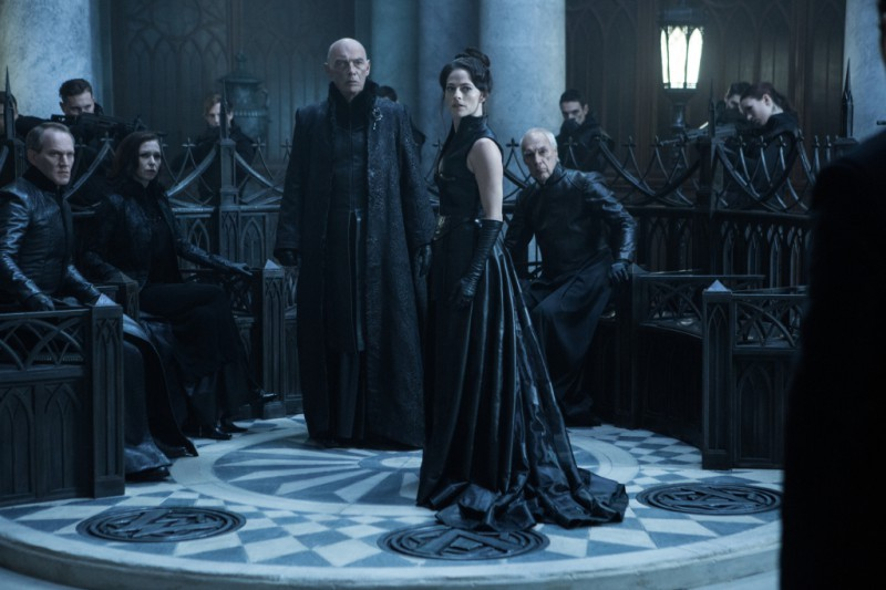 Lara Pulver ve filmu Underworld: Krvavé války / Underworld: Blood Wars