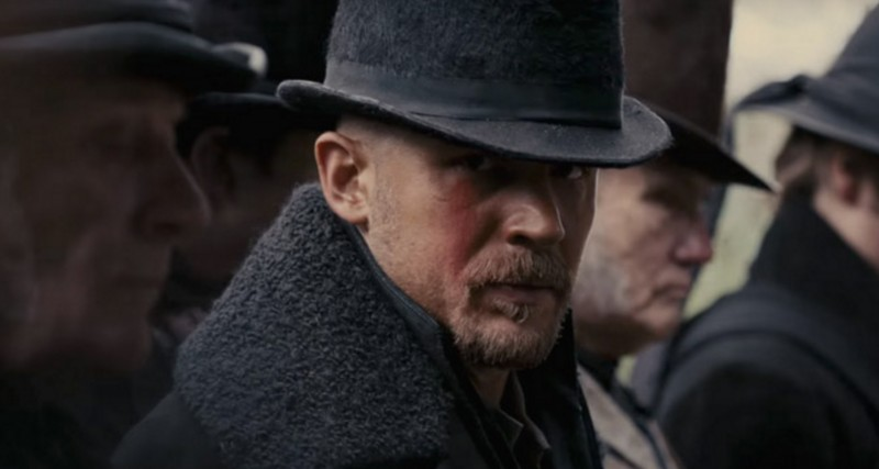 Tom Hardy ve filmu  / Taboo