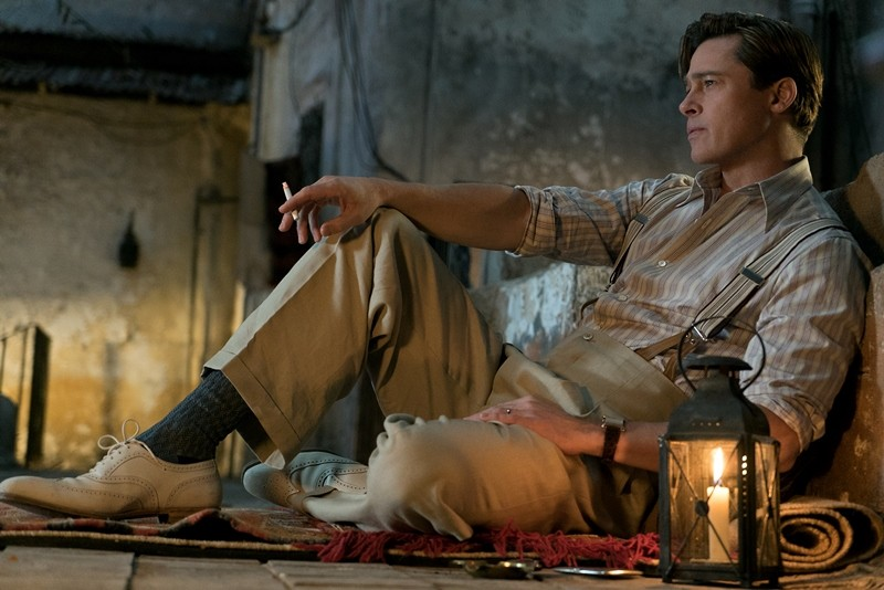 Brad Pitt ve filmu Spojenci / Allied