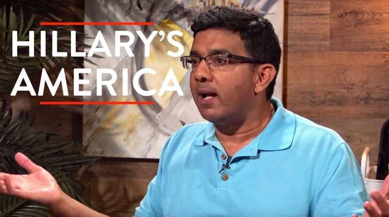 Dinesh D'Souza ve filmu  / Hillary's America: The Secret History of the Democratic Party