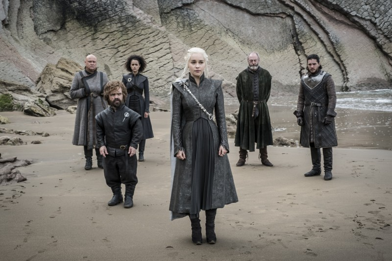 Conleth Hill, Peter Dinklage, Nathalie Emmanuel, Emilia Clarke, Liam Cunningham, Kit Harington ve filmu Hra o trůny / Game of Thrones