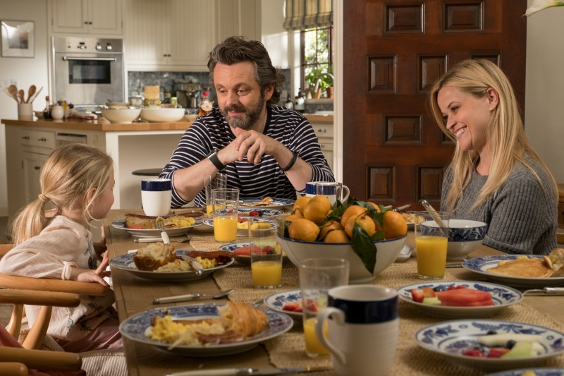 Michael Sheen, Reese Witherspoon ve filmu Který je ten pravý? / Home Again