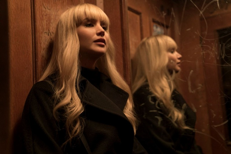 Jennifer Lawrence ve filmu Rudá volavka / Red Sparrow