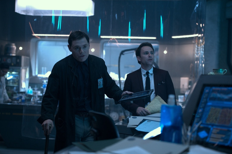 Burn Gorman, Charlie Day ve filmu Pacific Rim: Povstání / Pacific Rim: Uprising