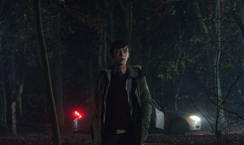 Alex Lawther ve filmu Ghost Stories / Ghost Stories