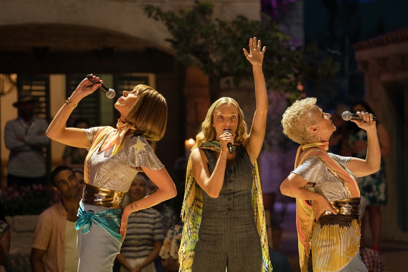 Christine Baranski, Amanda Seyfried, Julie Walters ve filmu Mamma Mia! Here We Go Again / Mamma Mia! Here We Go Again