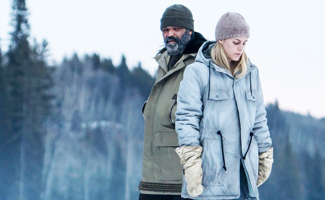 Jeffrey Wright, Riley Keough ve filmu  / Hold the Dark