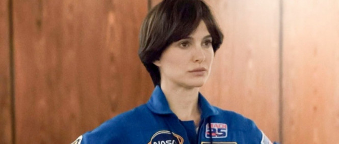 Natalie Portman v traileru sci-fi Lucy in the Sky