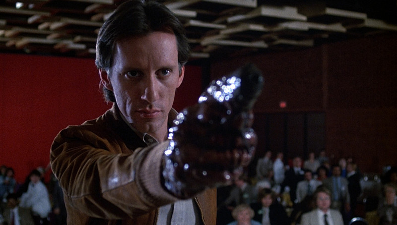 James Woods ve filmu  / Videodrome