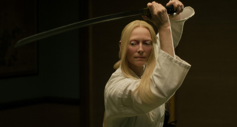 Tilda Swinton ve filmu Mrtví neumírají / The Dead Don't Die