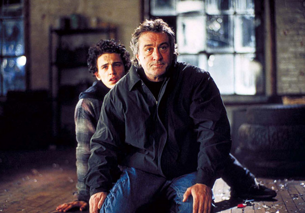 Robert De Niro, James Franco ve filmu Hodina pravdy / City by the Sea