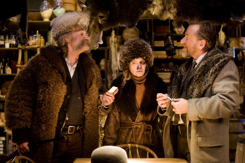 Kurt Russell, Jennifer Jason Leigh, Tim Roth ve filmu Osm hrozných / The Hateful Eight