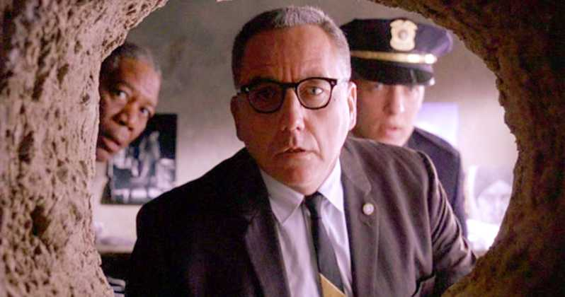 Bob Gunton, Morgan Freeman, Clancy Brown ve filmu Vykoupení z věznice Shawshank / The Shawshank Redemption