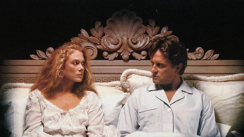 Michael Douglas, Kathleen Turner ve filmu Válka Roseových / The War of the Roses