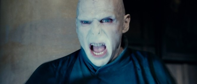 Voldemort nemá rád sirotky v traileru na The Invisible Woman